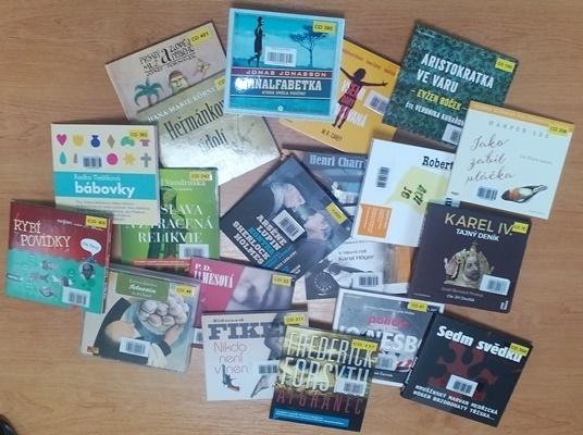 2018-01-25 Nová dávka zvukových knih v obecní knihovně